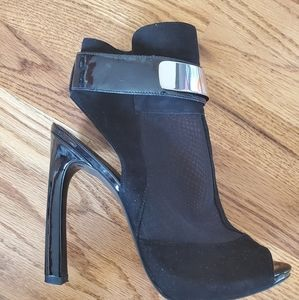 Guess peep toe heels with see through mesh